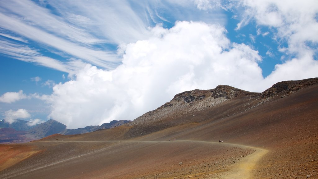 Haleakala Crater which includes desert views, a gorge or canyon and tranquil scenes