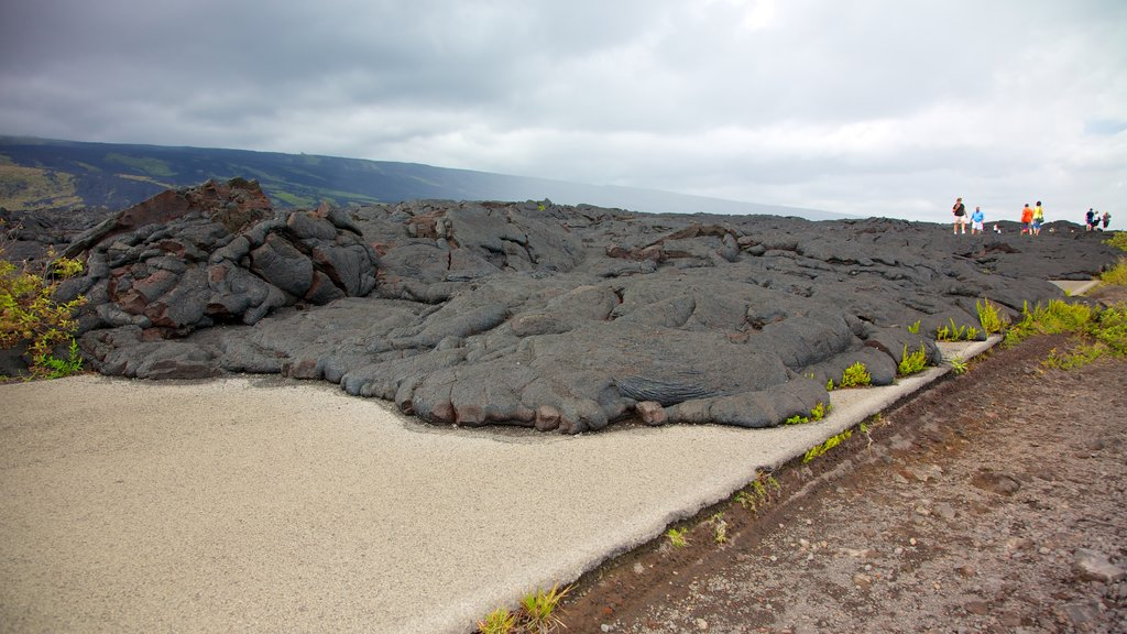 Hawaii Volcanoes National Park showing landscape views, hiking or walking and views