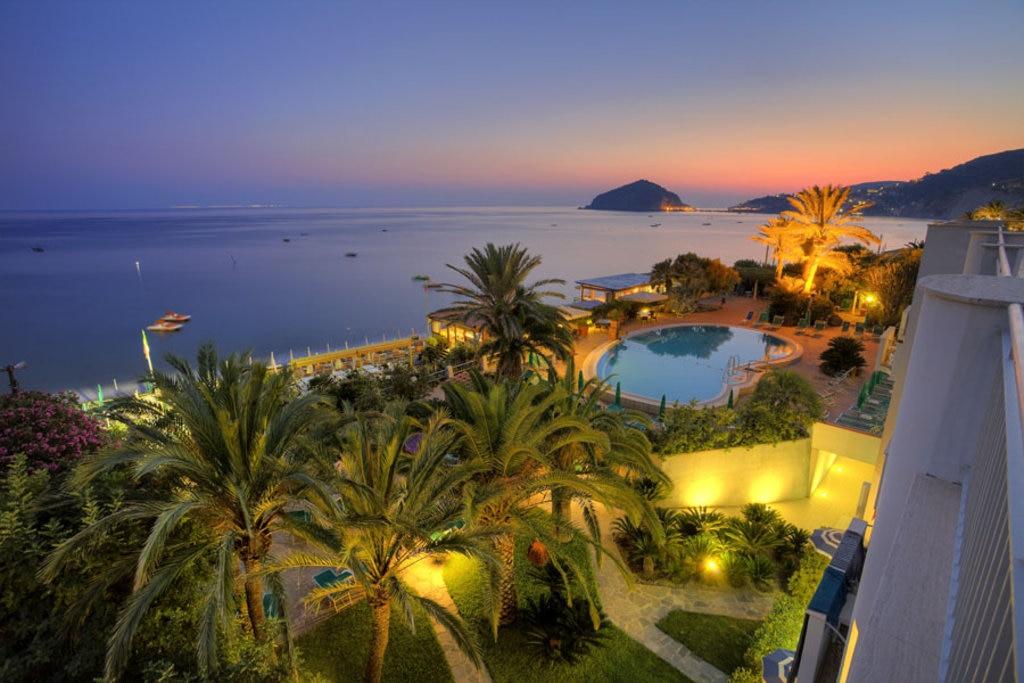 I 10 Hotel Sulla Spiaggia Piu Belli D Italia