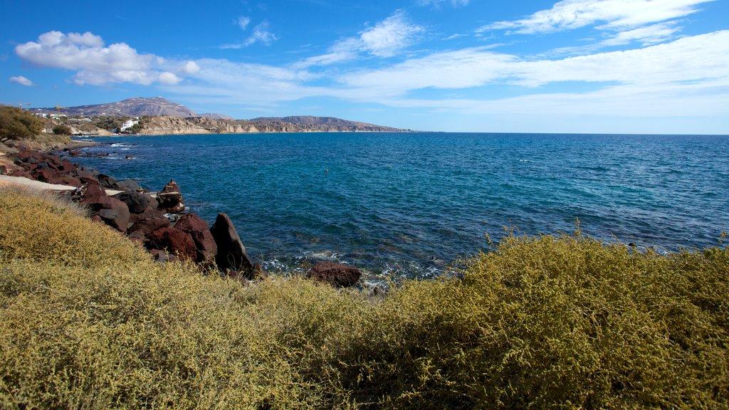 Santorini mostrando vistas de paisajes y costa rocosa