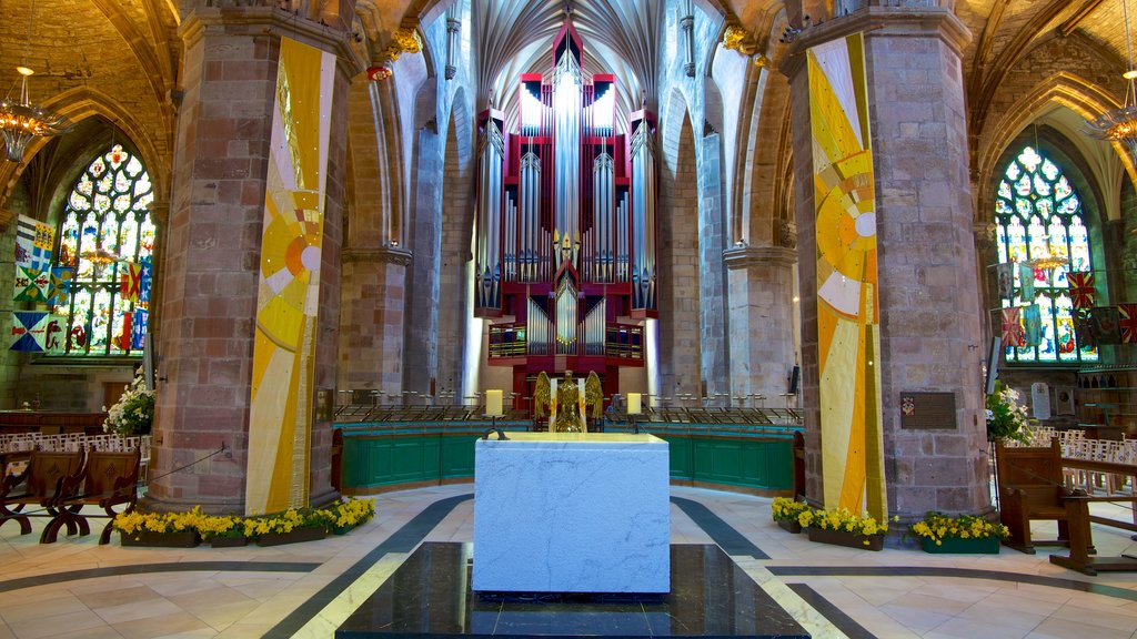 St. Giles\\\' Cathedral showing a church or cathedral, religious aspects and interior views