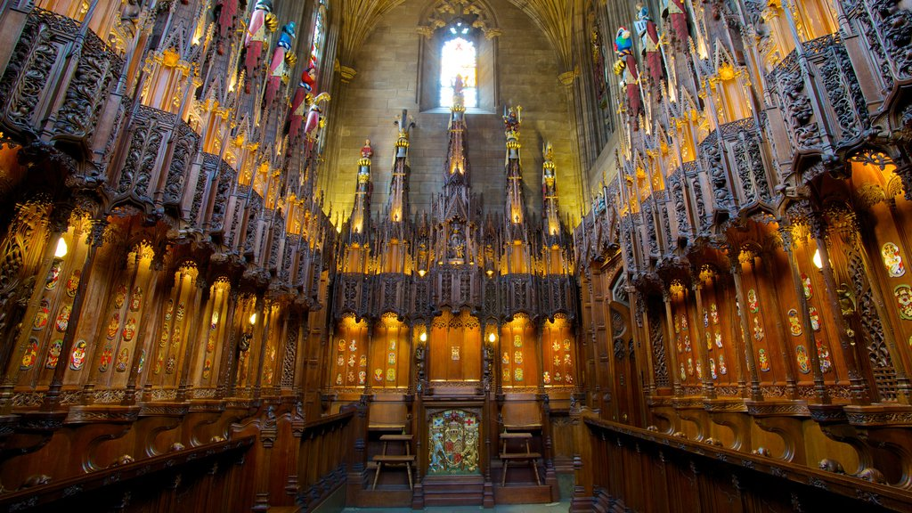 St. Giles\\\' Cathedral featuring religious aspects, interior views and heritage architecture