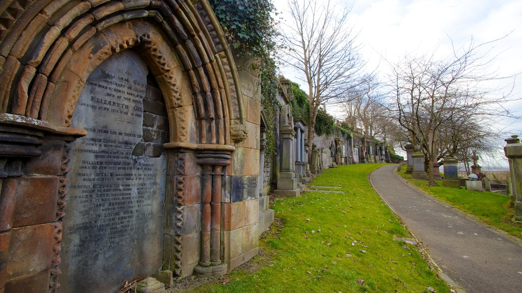 Glasgow Necropolis featuring heritage architecture and a cemetery