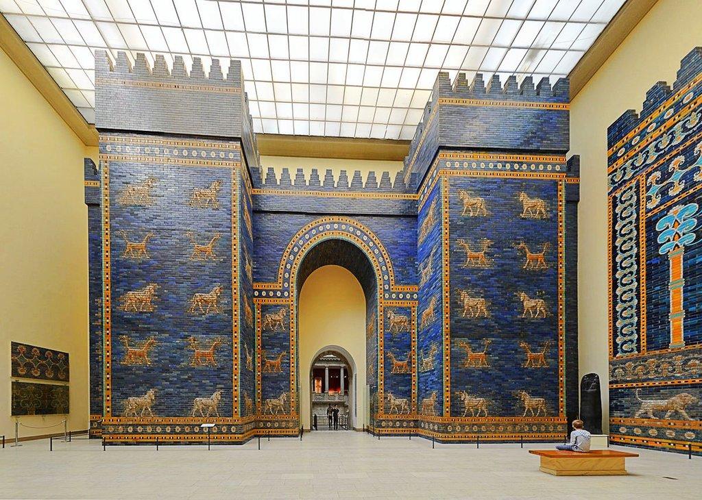 La porta di Babilonia - By Radomir Vrbovsky - Own work, CC BY-SA 4.0, https://commons.wikimedia.org/w/index.php?curid=39256797