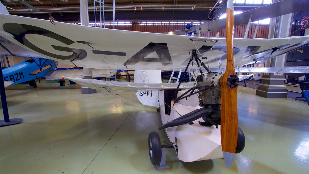 Museum of Science and Industry showing interior views and aircraft
