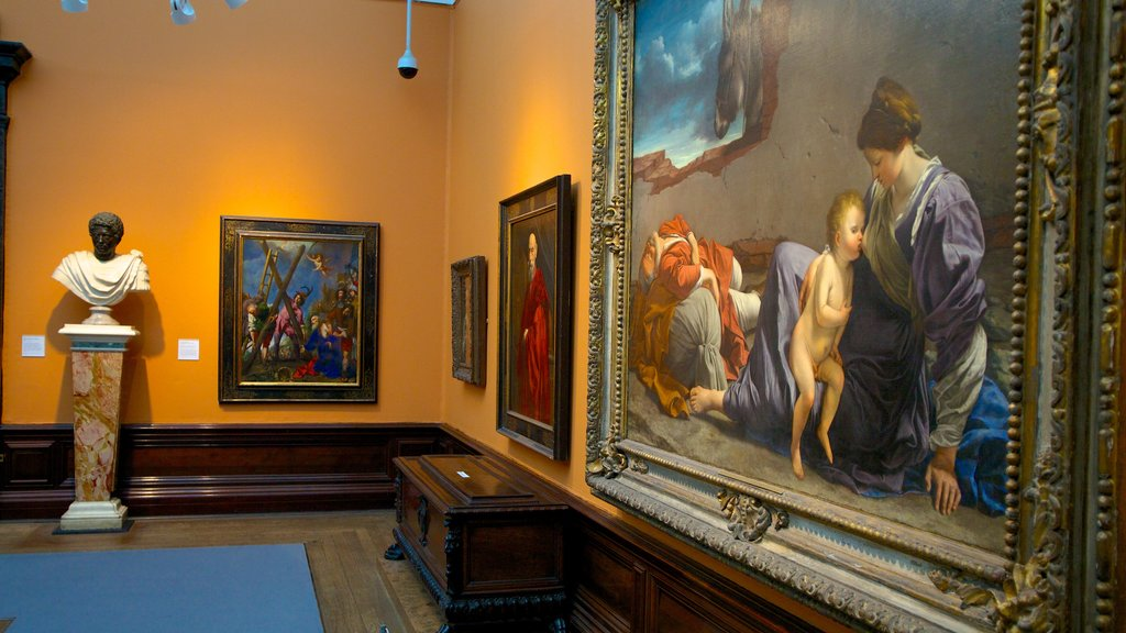 Birmingham Museum and Art Gallery showing art and interior views