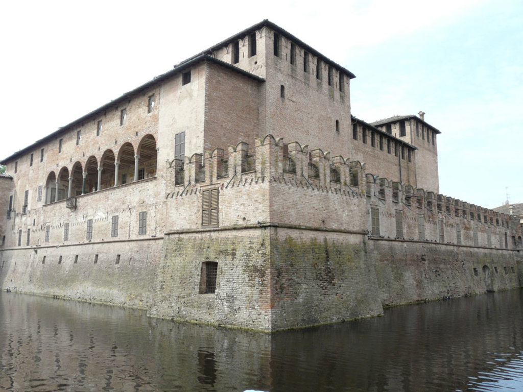 Rocca Sanvitale di Fontanellato - I borghi più belli dell'Emilia Romagna - Photo by Davide Papalini (Own work), via Wikimedia Commons