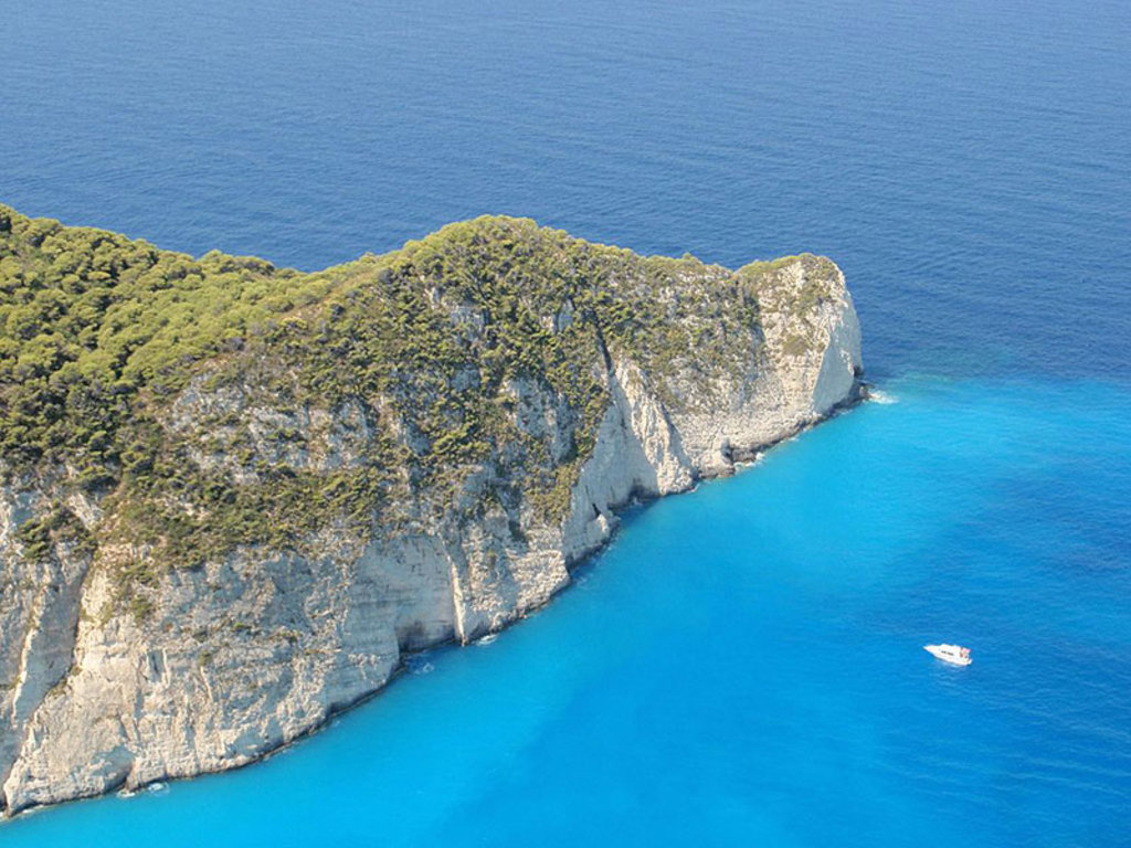 La costa occidentale di Zacinto. Di Jimzoun (Opera propria)  , attraverso Wikimedia Commons