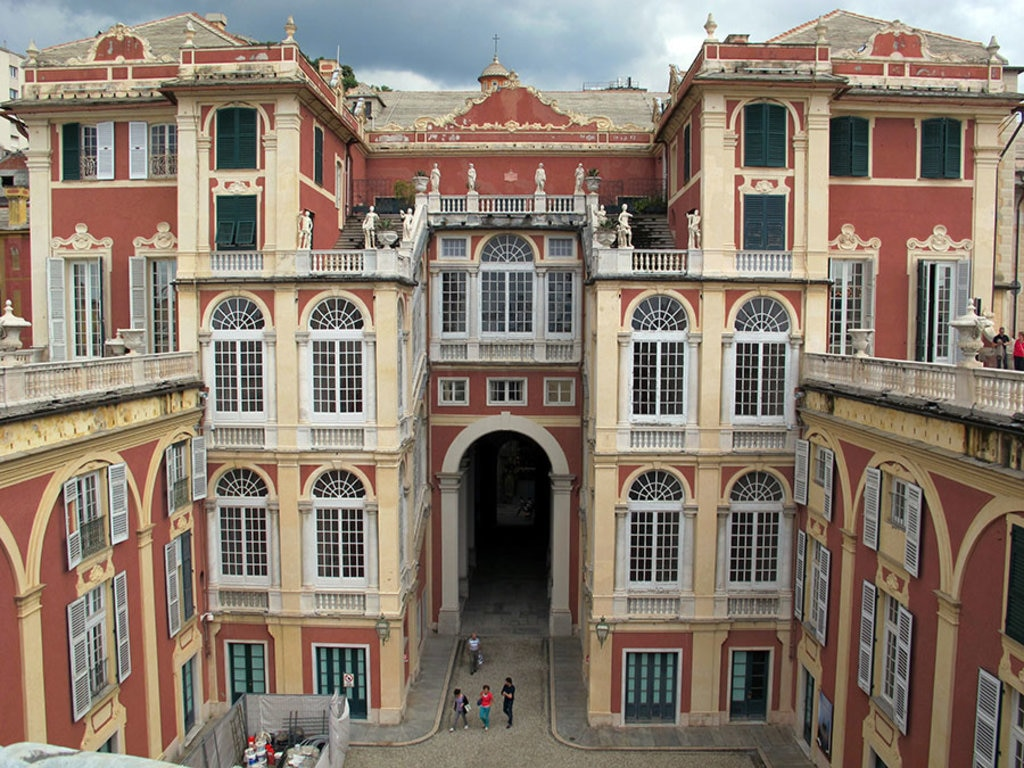 FOTO 3 Palazzo Reale By Sailko (Own work)  , via Wikimedia Commons