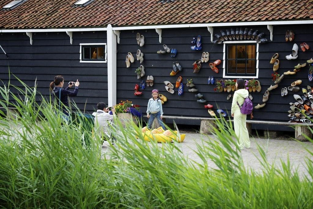 Artigianato a Zaanse-Schans. Courtesy of dezaanseschans.nl