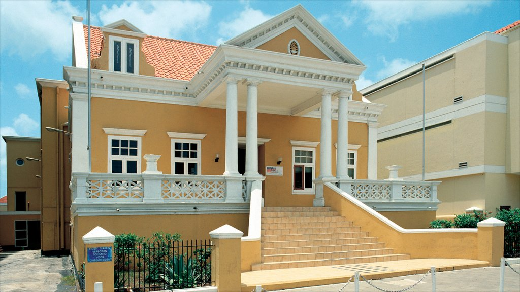Willemstad que incluye una casa y patrimonio de arquitectura