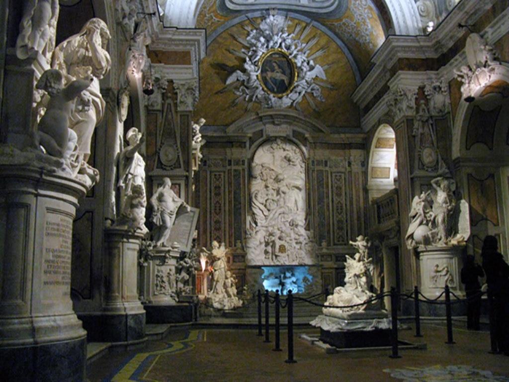 L'interno della Cappella Sansevero, Wikipedia. Di David Sivyer  , attraverso Wikimedia Commons