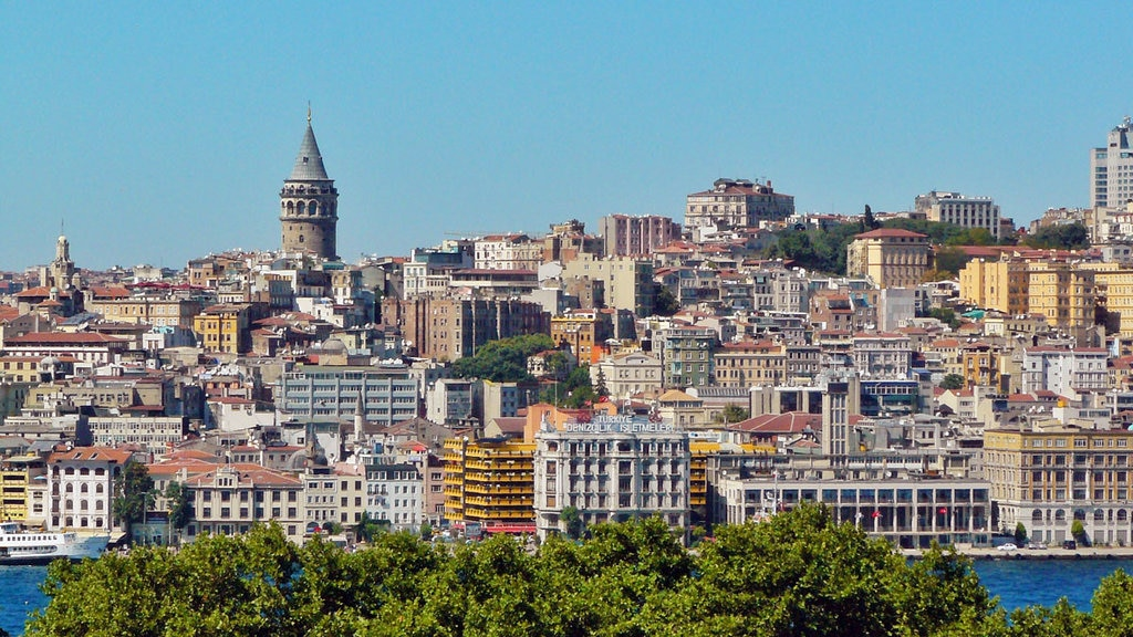 Beyoglu e la torre di Galata - Courtesy of © Paolo Ribichini