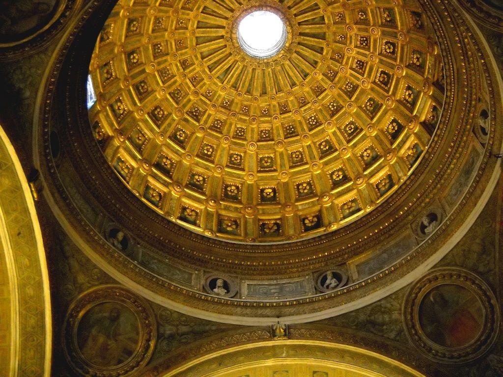 Cupola di Santa Maria presso San Satiro. Pacomotasparini (opera propria), CC BY 2.0 via Wikimedia Commons.