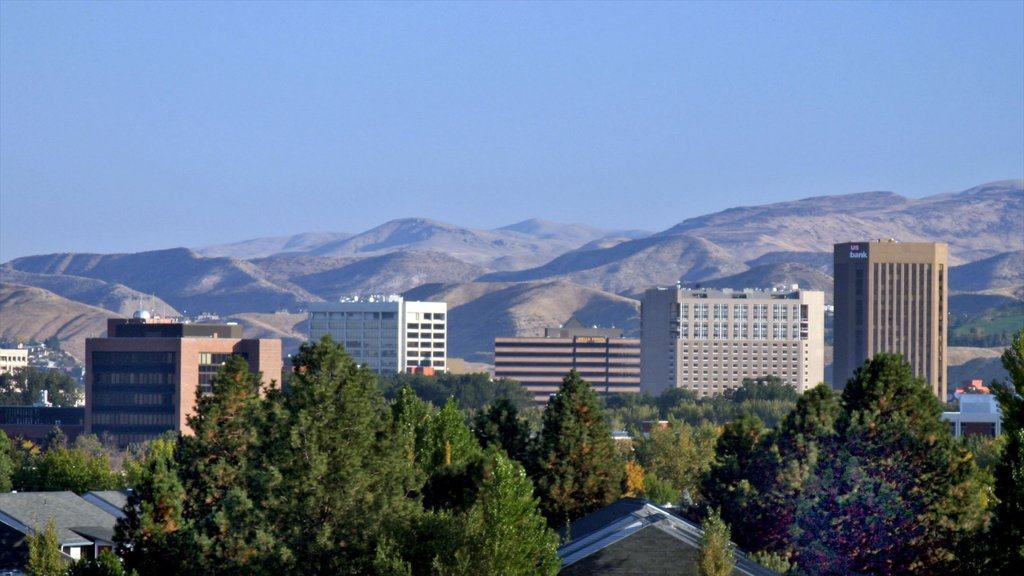 Boise which includes a high rise building, a city and city views