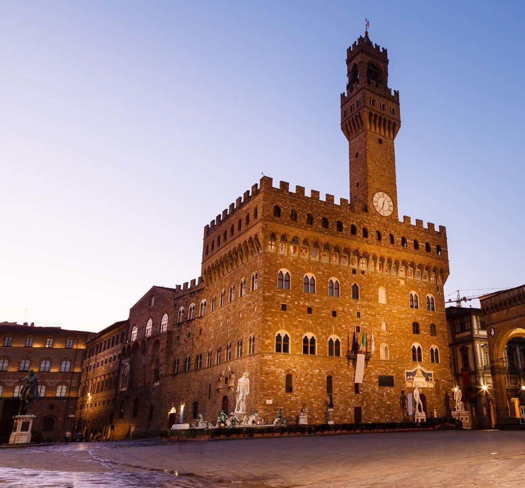 Palazzo Vecchio, affacciato su Piazza della Signoria. Fonte: EDAM
