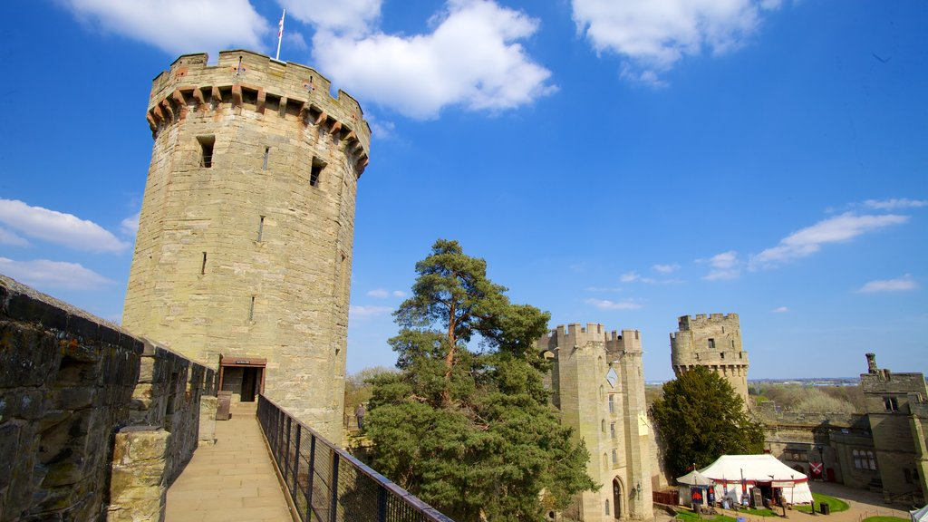 Warwick Castle featuring heritage architecture and a castle