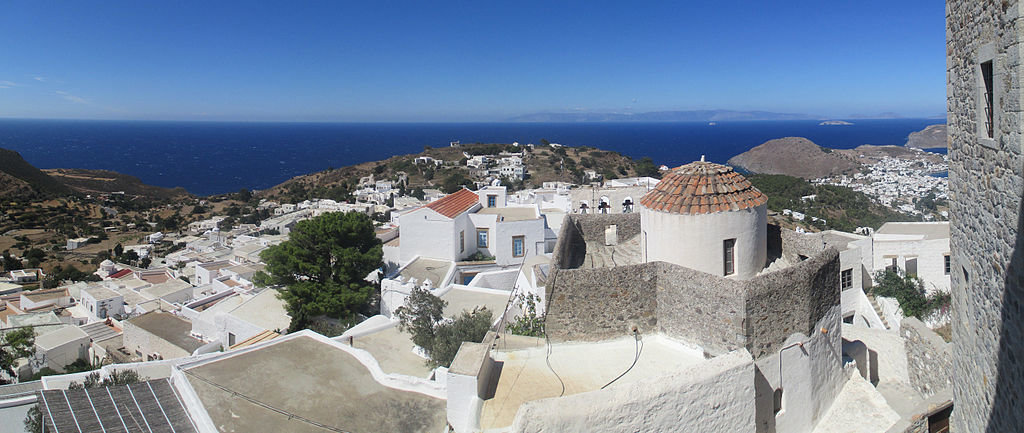 Il panorama di Patmos - By Tomisti (Own work)  , via Wikimedia Commons