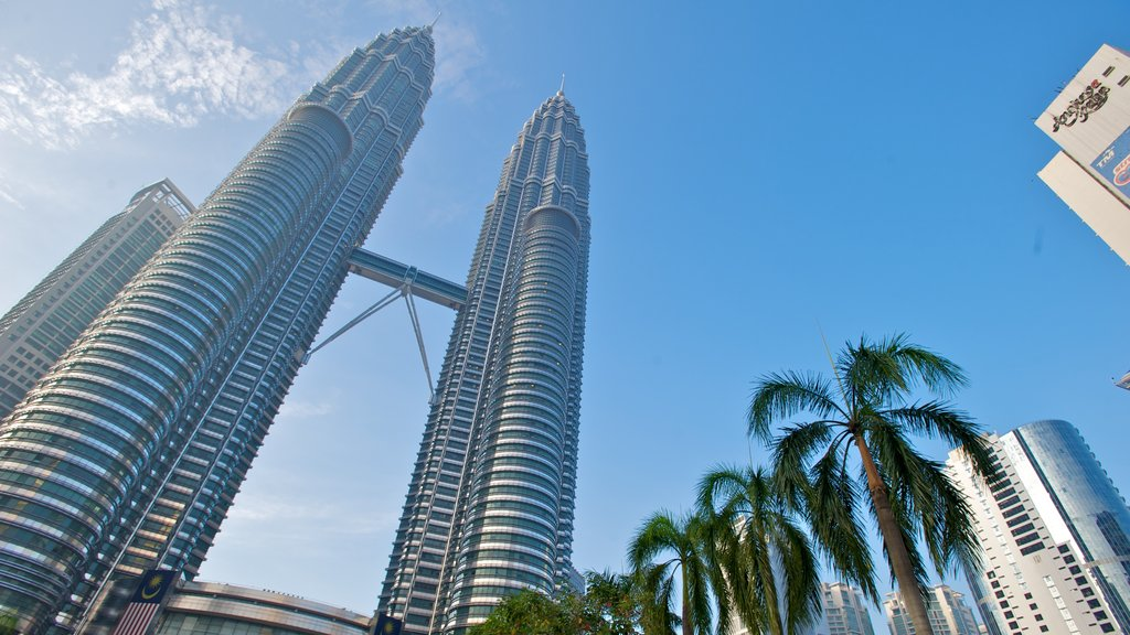 Petronas Twin Towers featuring cbd, skyline and modern architecture