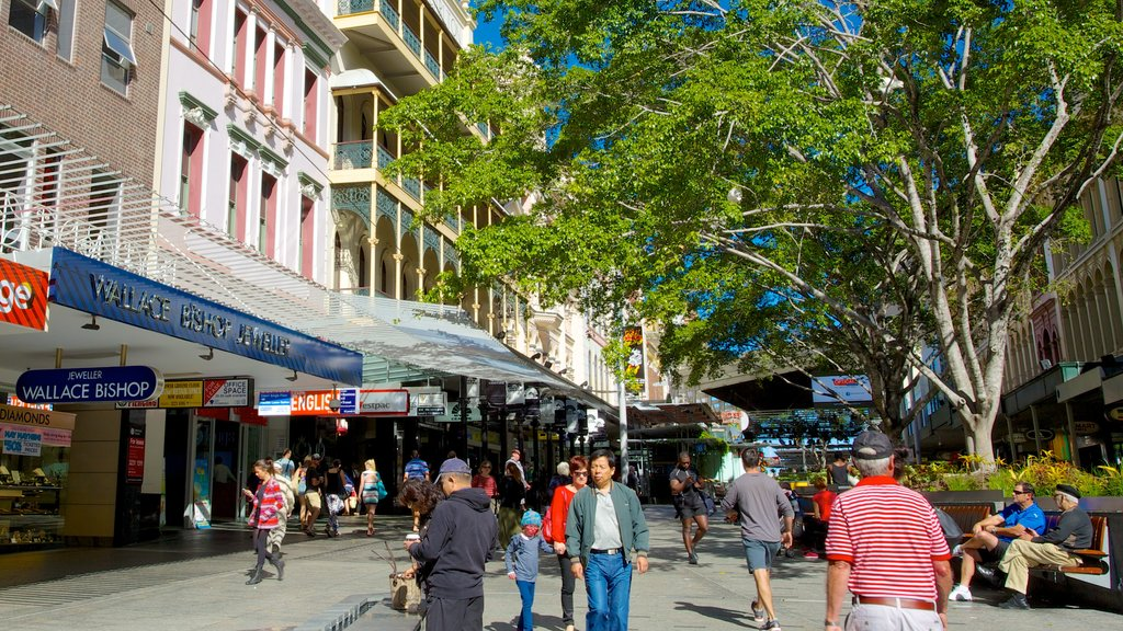 Queen Street Mall which includes signage, shopping and a city