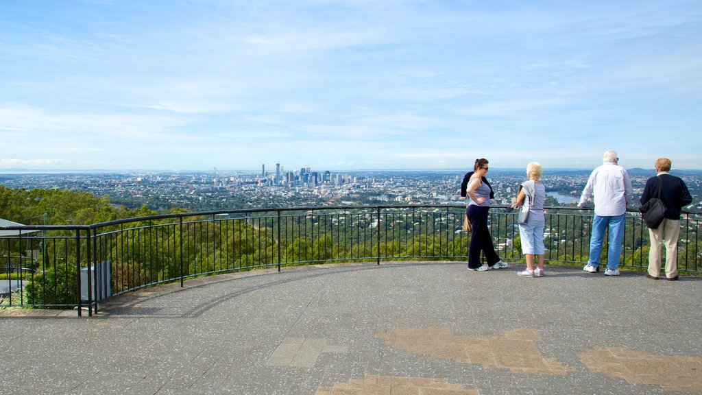 Mt. Coot-Tha featuring views, skyline and a city