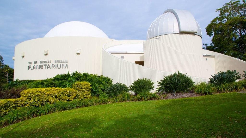 Sir Thomas Brisbane Planetarium showing modern architecture