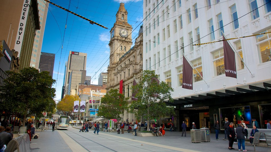 Bourke Street Mall showing a city, shopping and street scenes