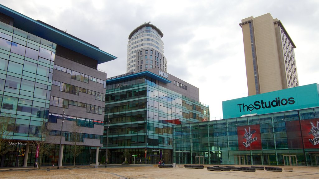 MediaCityUK featuring a city, modern architecture and theater scenes