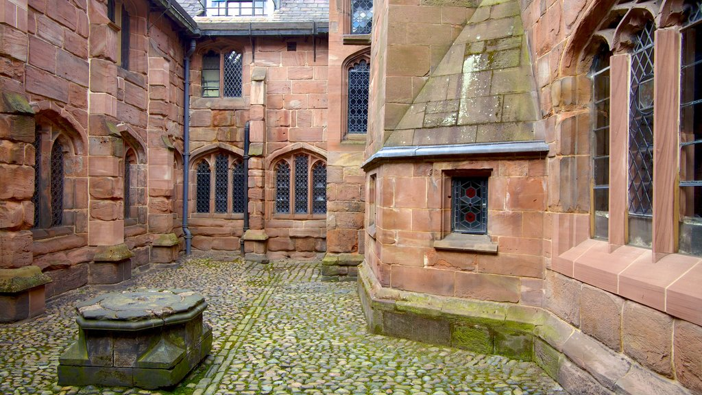 Chetham\'s Library showing heritage architecture