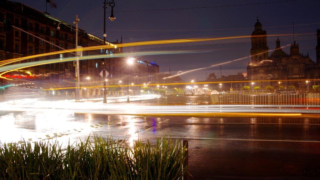 Zocalo which includes street scenes, a city and night scenes