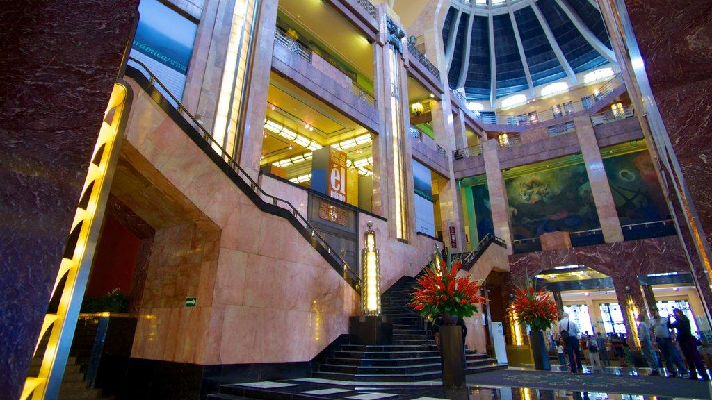 Palacio de Bellas Artes mostrando vistas interiores y castillo o palacio