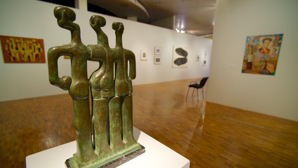 Museo de Arte Moderno featuring interior views and art