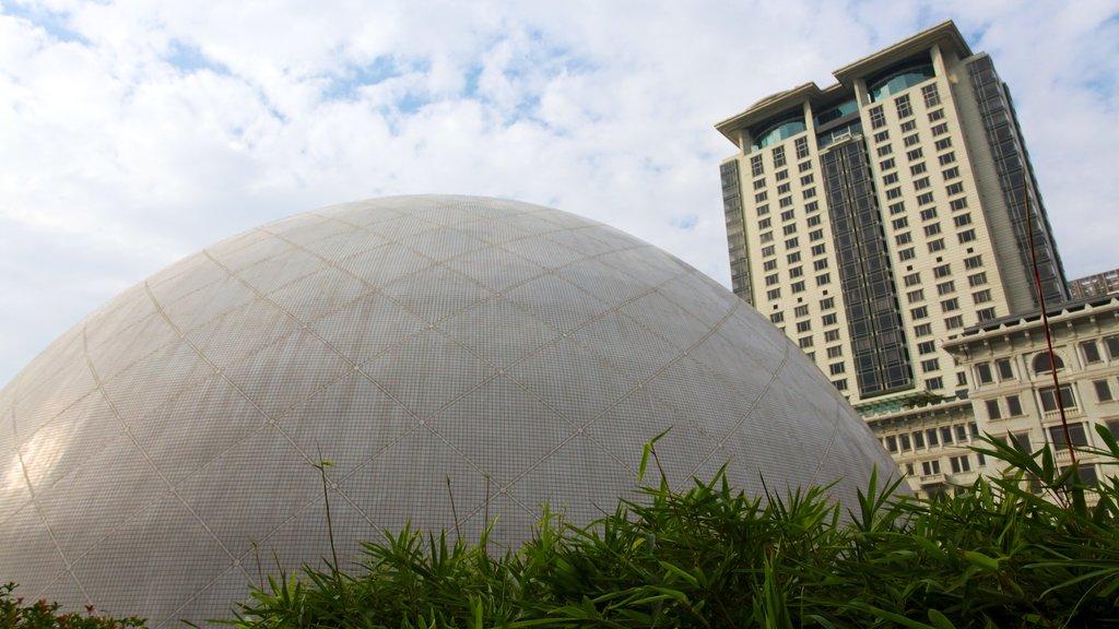 Tsim Sha Tsui showing modern architecture
