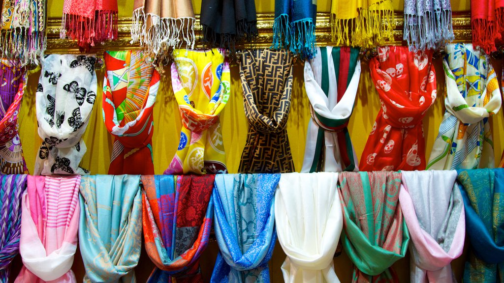 Grand Bazaar featuring markets and fashion