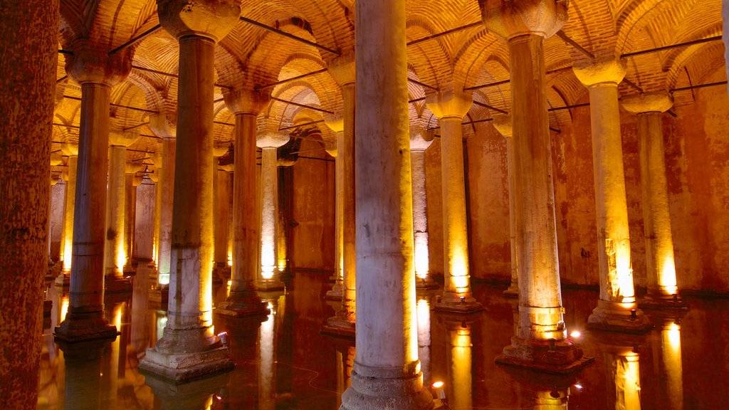 Basilica Cistern which includes religious elements, interior views and a church or cathedral