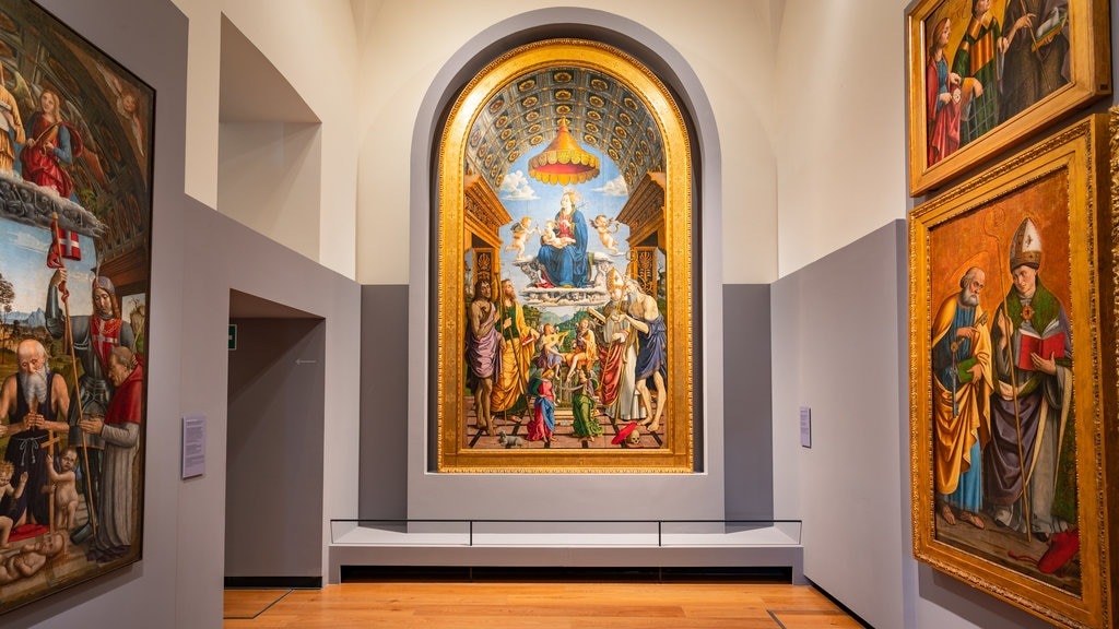 Galleria Sabauda featuring religious aspects, interior views and art