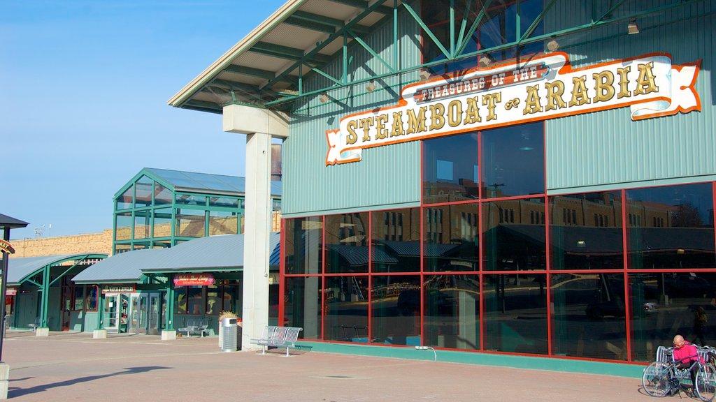 Arabia Steamboat Museum que inclui sinalização