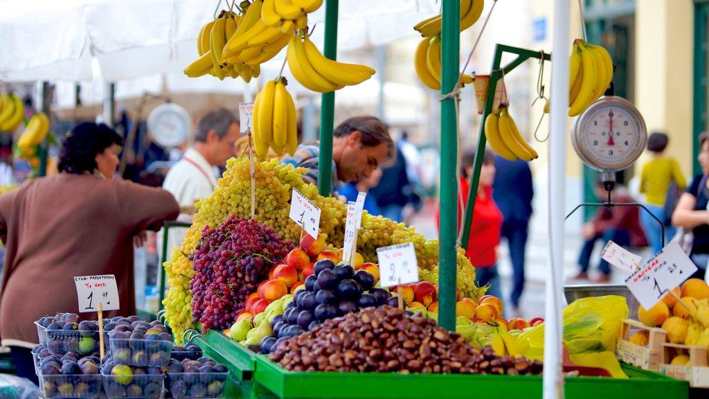 Atenas ofreciendo mercados y comida