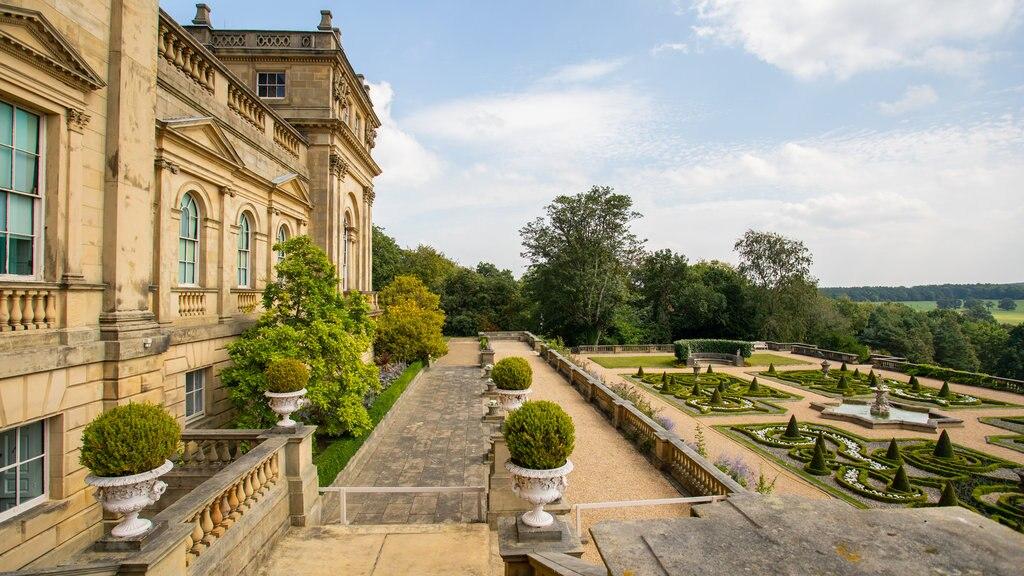 Harewood House que incluye elementos del patrimonio y un jardín