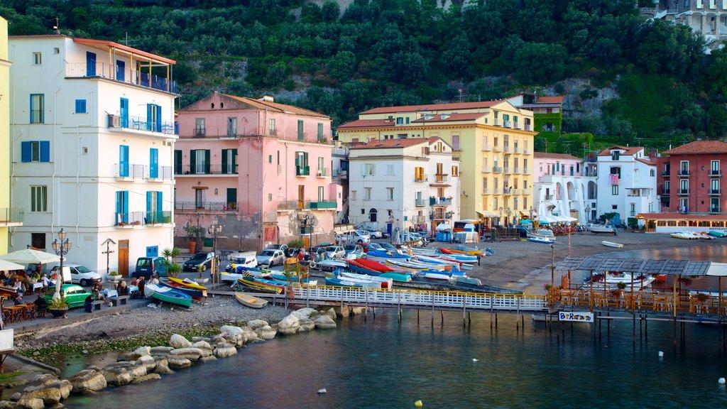 Marina Grande featuring a coastal town