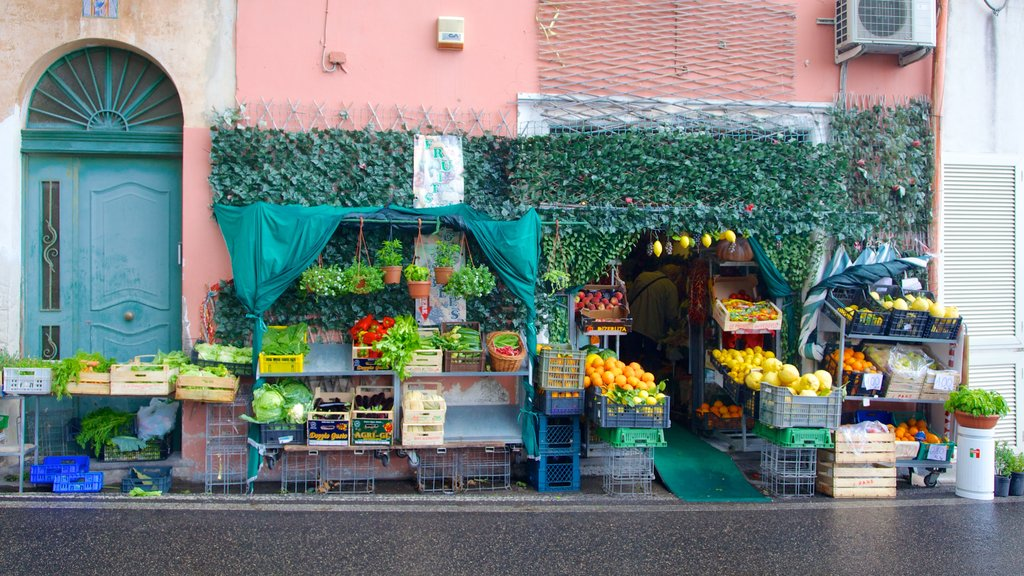 Positano which includes food, street scenes and markets