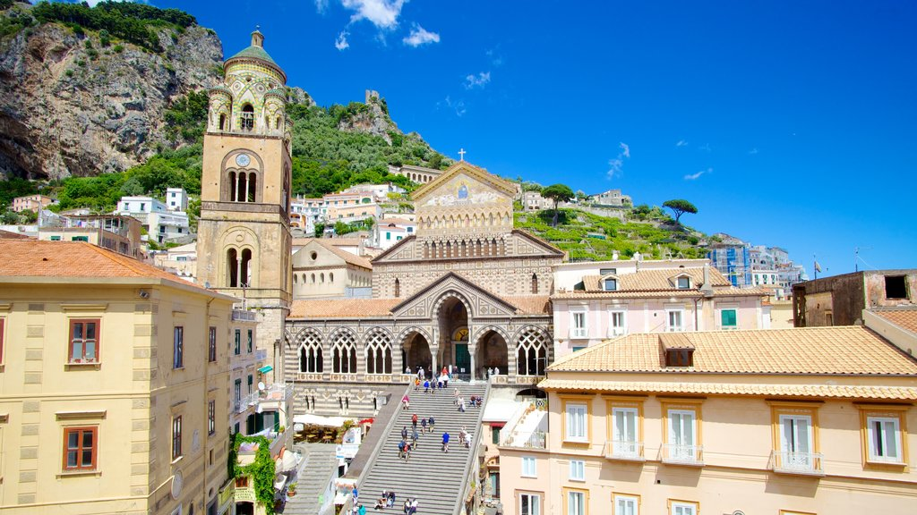 Amalfi featuring a city