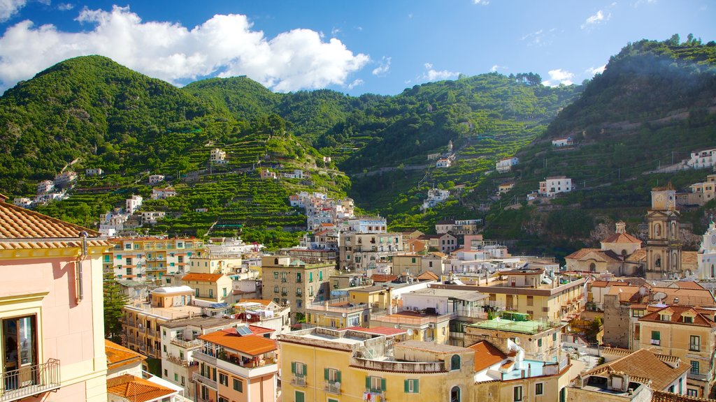 Minori featuring mountains and a city