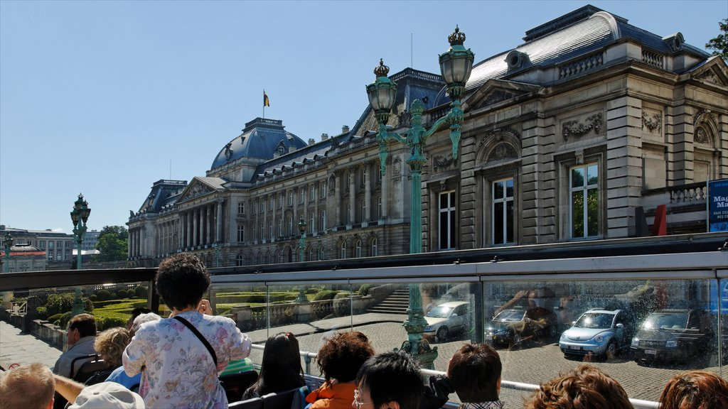 Royal Palace of Brussels featuring a castle, heritage architecture and an administrative buidling
