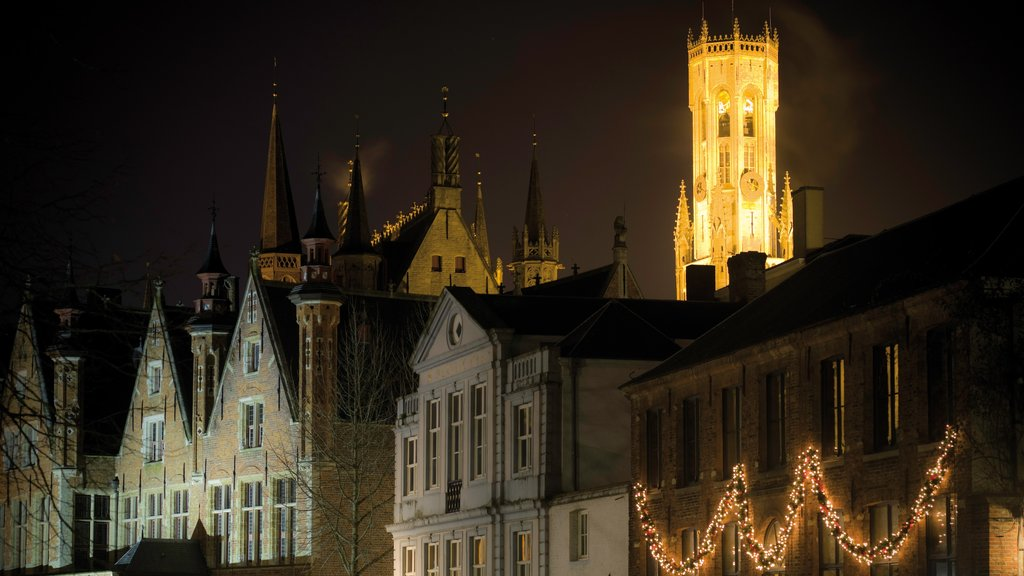 Bruges showing a city, heritage architecture and night scenes