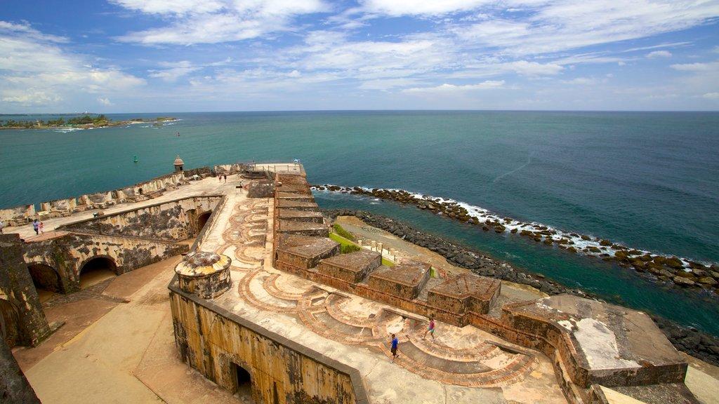 El Morro featuring heritage elements and rugged coastline