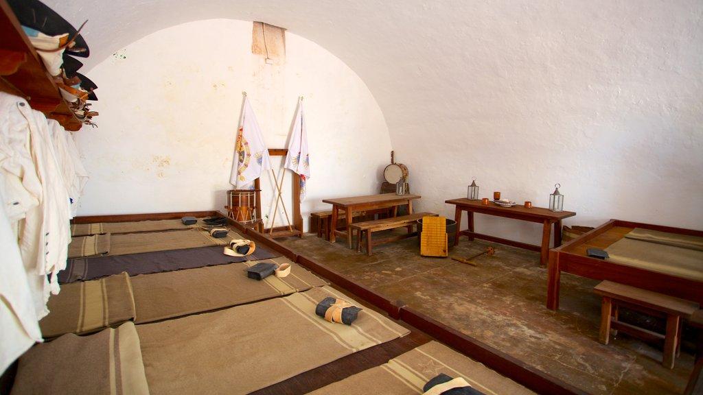 El Morro showing heritage elements and interior views