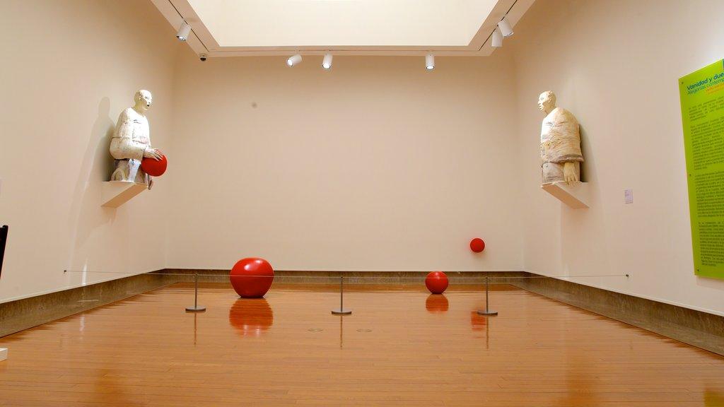 Museo de Arte de Puerto Rico mostrando vistas interiores y arte