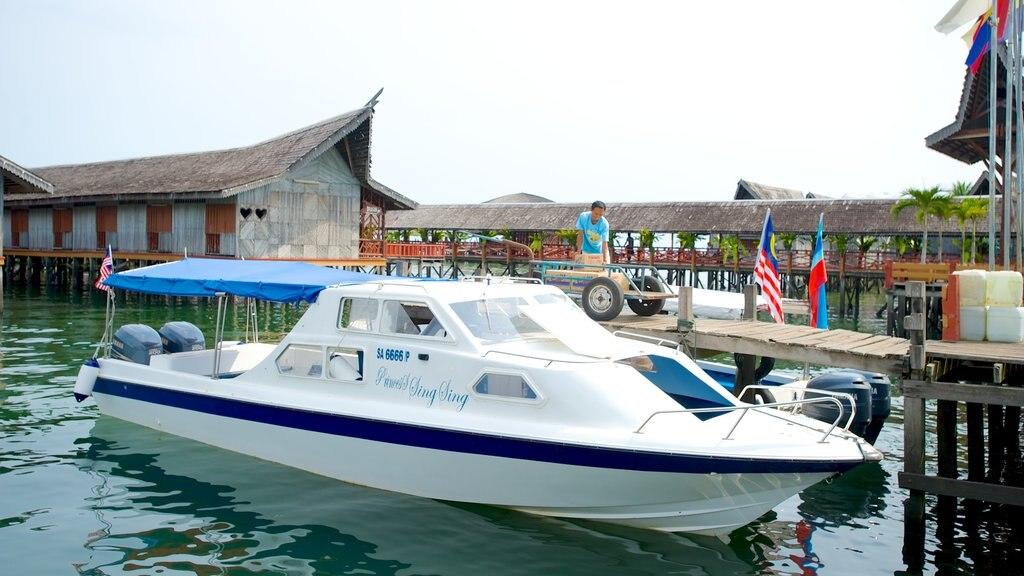 Tun Sakaran Marine Park featuring a coastal town and boating