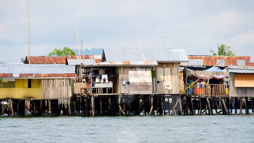Tun Sakaran Marine Park showing a coastal town